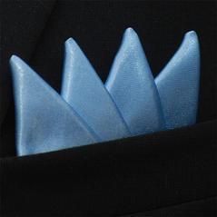 Färdigvikt bröstnäsduk Fyrspets Ljusblå