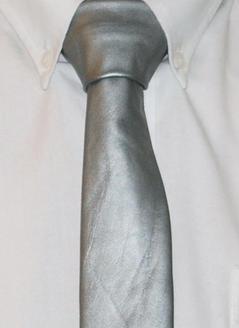 Skinnslips silvergrå