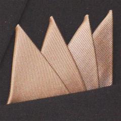 Färdigvikt bröstnäsduk Fyrspets FN058 Guldbeige
