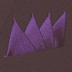 Färdigvikt bröstnäsduk Fyrspets FN063 Mörklila