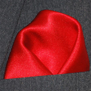 Bröstnäsduk röd satin