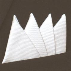 Färdigvikt bröstnäsduk Fyrspets FN702 Vit